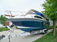 EXCELENT CONDITION 1985 CHAPARRAL CABIN CRUISER. THIS