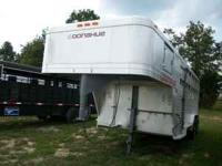 1985 donahue 16ft aluminum stock trailer...metal top