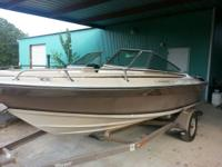 1985 Four Winns 170 Horizon 17' bow rider. Mercruiser