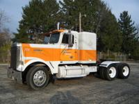 1985 FREIGHTLINER 400 CUMMINS BIG CAM III, SINGLE