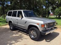 1985 Toyota Land Cruiser SUV 4WD. BEAUTIFULLY RESTORED,