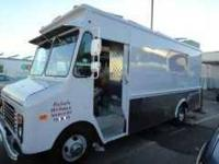 Catering truck for sale. Great condition!!!! Lonchera