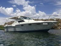 This Beautiful 1985 Tiara 2700 has been extremely well