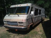 39 feet long Sleeps 5 to 6 1986 Chevrolet P30 15,000lb