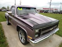 This 1986 Chevrolet Suburban C10 Truck features a 5.0L