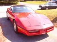 1986 Corvette - Red with blackleather interior 8 cyl.