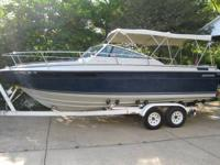 1986 Four Winns 225 Sundowner Cruiser. 5.0 lte. 265hp