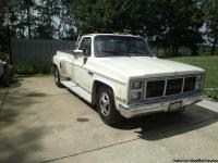 1986 GMC Sirra Classic 3500 pick up ......dual