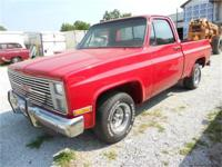 Super nice 1986 GMC Sierra 1500 Pickup!! This is the