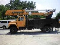 1986 International approx 65ft bucket lift. 4 x 4,