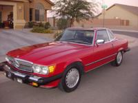 This is an extremely nice 1986 Mercedes Benz 560SL with