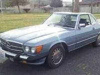 1986 Mercedes Benz 560SL Convertible This import