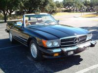 Mercedes Benz 1986 560SL Roadster, finished in the rare