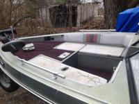 This is a 1986 sport boat with a Suzuki oil injected