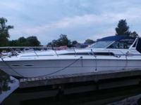 1986 Sea Ray 39 Sport Cruiser Please call owner Denise