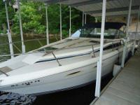 Selling a very clean 1986 Searay Sea Ray 300 Weekender