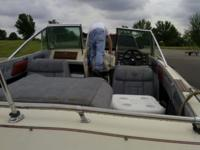 1986 Stingray Rate Boat available for sale ... Seats 8