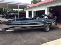 1986 Stratos bass boat, two live wells, 115 Mercury