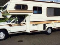 1986 Toyota Dolphin Motorhome. 1986 20 FT Toyota