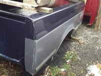 1987 - 1996 FORD TRUCK BED,  6FT.,  SINGLE TANK,  COLOR