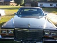 FOR SALE 1987 FLEETWOOD CADILLAC LOW MILEAGE 66,000 ONE