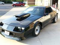 Im selling my 87 iroc-z t-top car in which I have