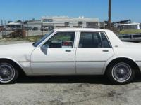 1987 Chevy Caprice Classic V8, Automatic, CLEAN TITLE