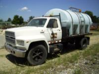 1987 Ford F600 2500GAL WATER TRUCK 1987 FORD F600 WATER