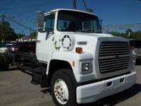 1987 Ford L8000 diesel truck 283,000. No bed. 7.8 L 210