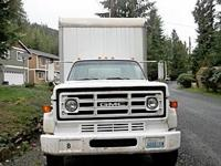 Thsi is a 1987 GMC 700 24' Box/Van Truck with a Heavy
