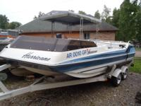 1987 Hurricane 18ft Deck Boat 2.3 Ford 4 cylinder with