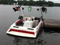 1987 Mastercraft Tristar 190. Open bow, complete snap