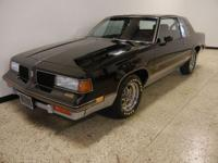 1987 Oldsmobile Cutlass 442. 307ci 5.0-V8 engine,