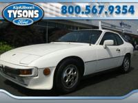 Hard to find 1987 Porsche 924-S Coupe. Leather