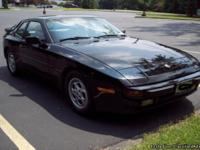 1987 Porsche 944 . Great daily driver or will make