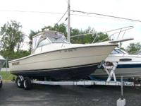 1987 Pursuit 2550 WAC Nice Older Boat the 2550