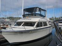 1987 Tollycraft Sport Cruiser Boat is located in Sand