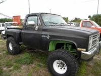1987 Chevy Stepside with Big Block V8 Super Modified