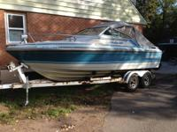 Excellent condition 21' crestliner crusander cabin
