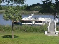 1988 58' Three Bouys Houseboat.  Three Staterooms and 3