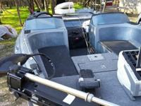 1988 Astroglass. This boat is in good condition. The