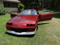 1988 Chevy Camaro convertible, small V-8 auto, throttle