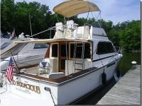 The 1988 Egg Harbor 35 Sport Fisherman sports a nice