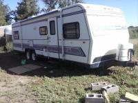 MUST SEE !!! Older model 32 ft. Holiday Rambler