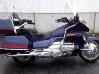1988 Honda Goldwing 1500 - $4000. goto /