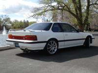 Up for sale is a very good condition 1988 Honda Prelude