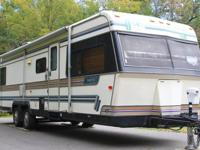 1988 HRC IMPERIAL TRAVEL TRAILER (HRC) - $6495