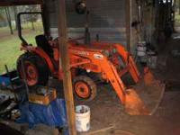 Kubota Tractor-88' One owner-28hp. Power Steering -4
