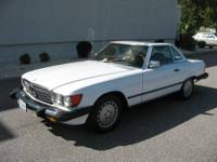 1988 MERCEDES-BENZ 560 SERIES SL coupe Our Location is: