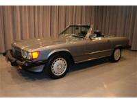 This 1988 Mercedes 560SL roadster is finished in
